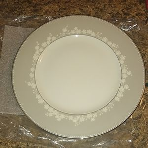 Lenox Bellina Fine China Dinner Plate